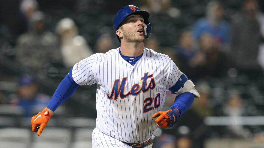 10 MLB players off to surprisingly hot starts