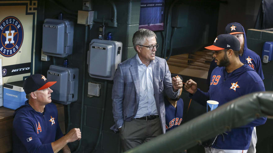 MLB GM wants Jeff Luhnow 'banned for life' if he knew of Astros' sign-stealing