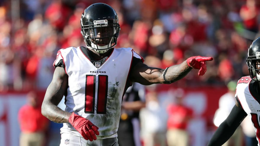 Watch: Falcons' Julio Jones makes ridiculous sideline catch
