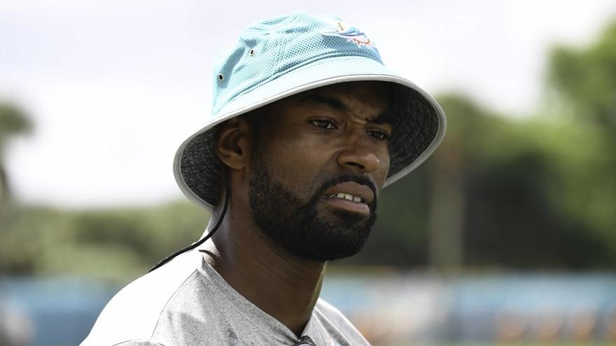 Calvin Johnson rips Lions again over signing bonus