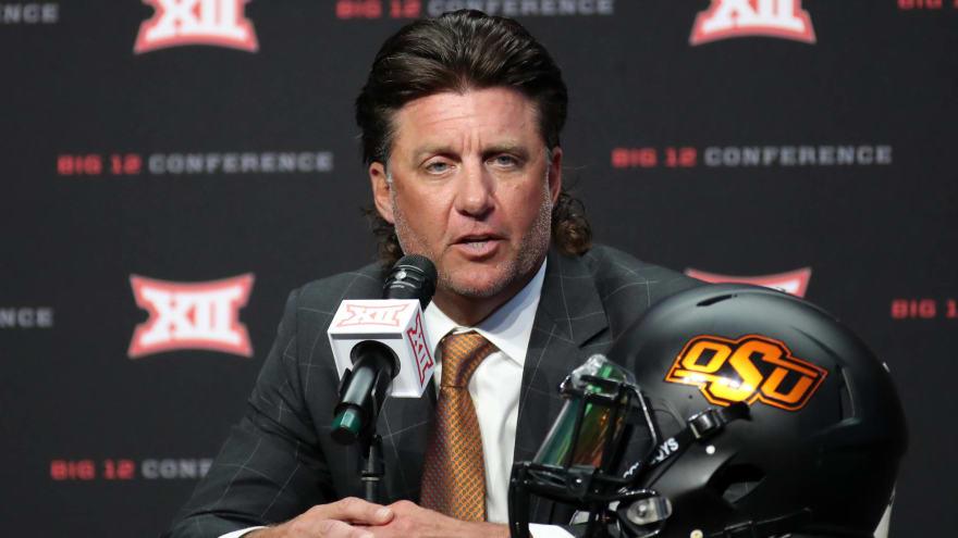 Mike Gundy: Oklahoma State nowhere near to naming starting QB