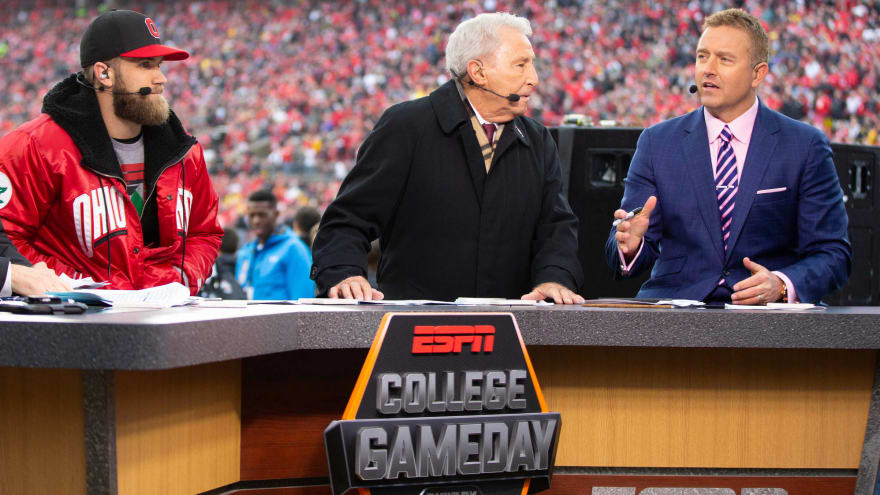 College GameDay Beer money sign fan apologizes for racist tweets from 2012