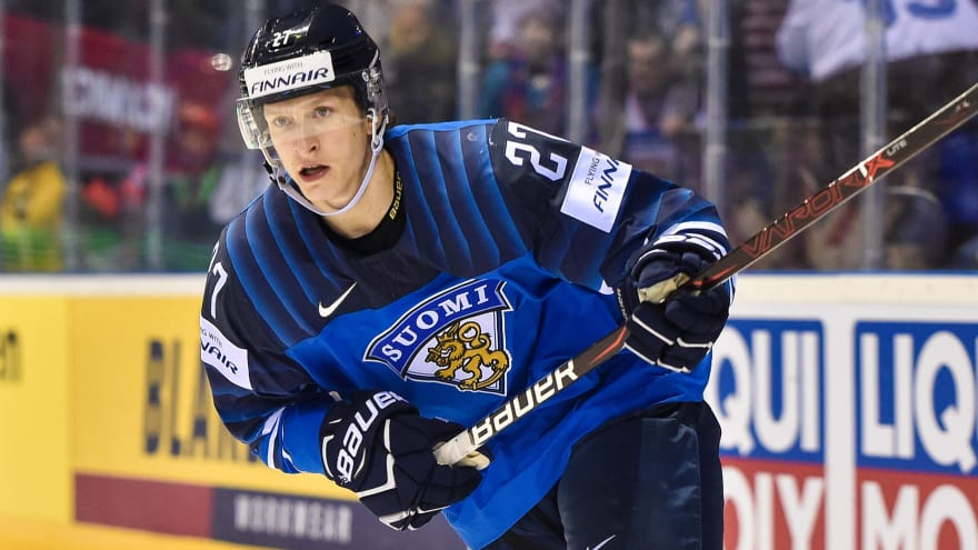 Hurricanes sign Finnish prospect Eetu Luostarinen to three-year,  entry-level deal | Yardbarker