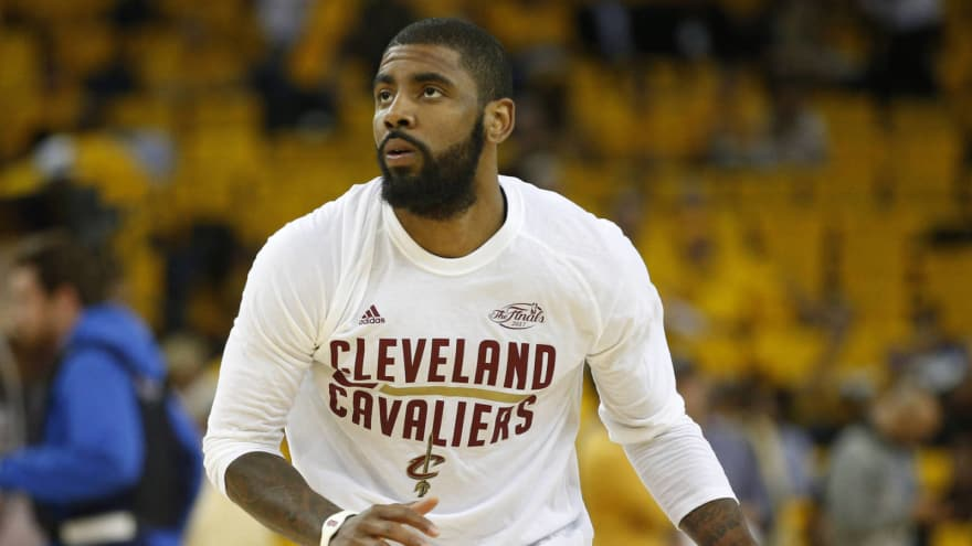5e4466946a1d Kyrie Irving reportedly dealing with knee injury