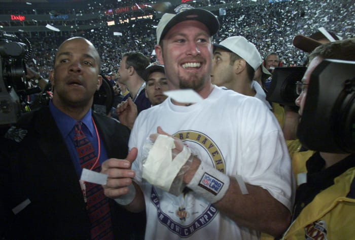 Super Bowl XXXV: Trent Dilfer, Baltimore Ravens, and Kerry Collins, New York Giants