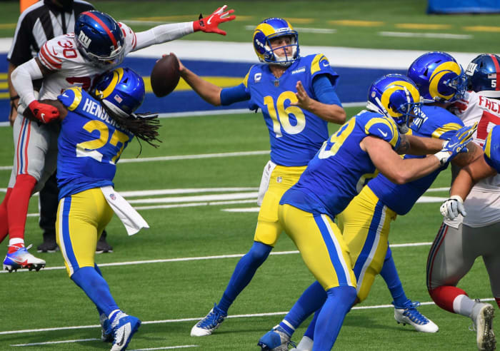 Rams offense joins in alienating viewers