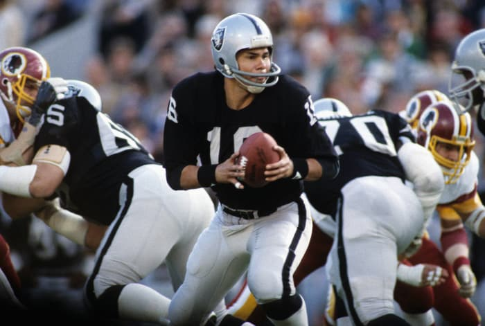 Super Bowl XVIII: Jim Plunkett, Los Angeles Raiders, and Joe Theismann, Washington Redskins