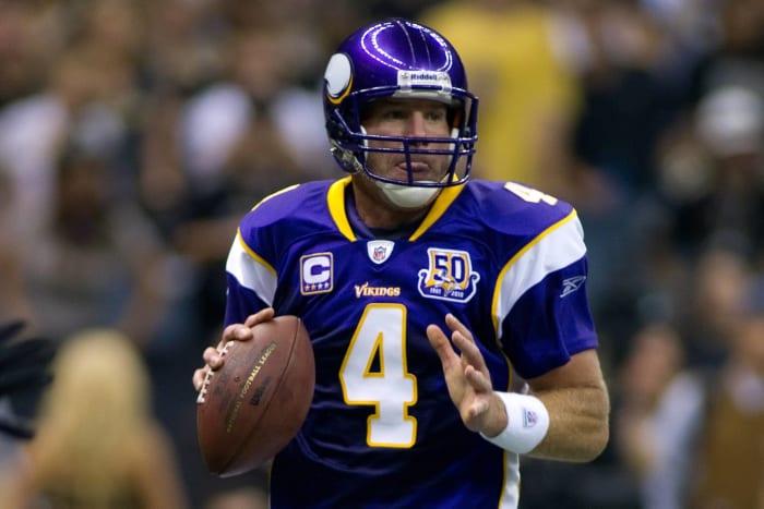 Minnesota Vikings' worst look: 2007-10 home alternate