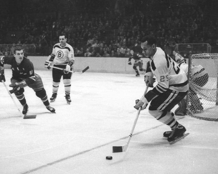 1958: First African-American NHL player: Willie O'Ree