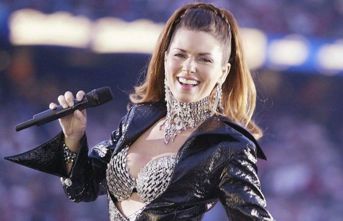 Super Bowl XXXVII halftime show - Shania Twain
