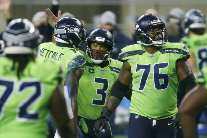 Russell Wilson buying Seahawks critical time