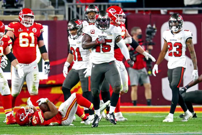 Bucs continue No. 1 offenses' Super Bowl misfortune
