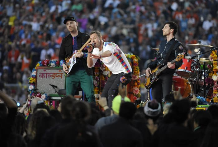 Super Bowl 50 halftime show - Coldplay