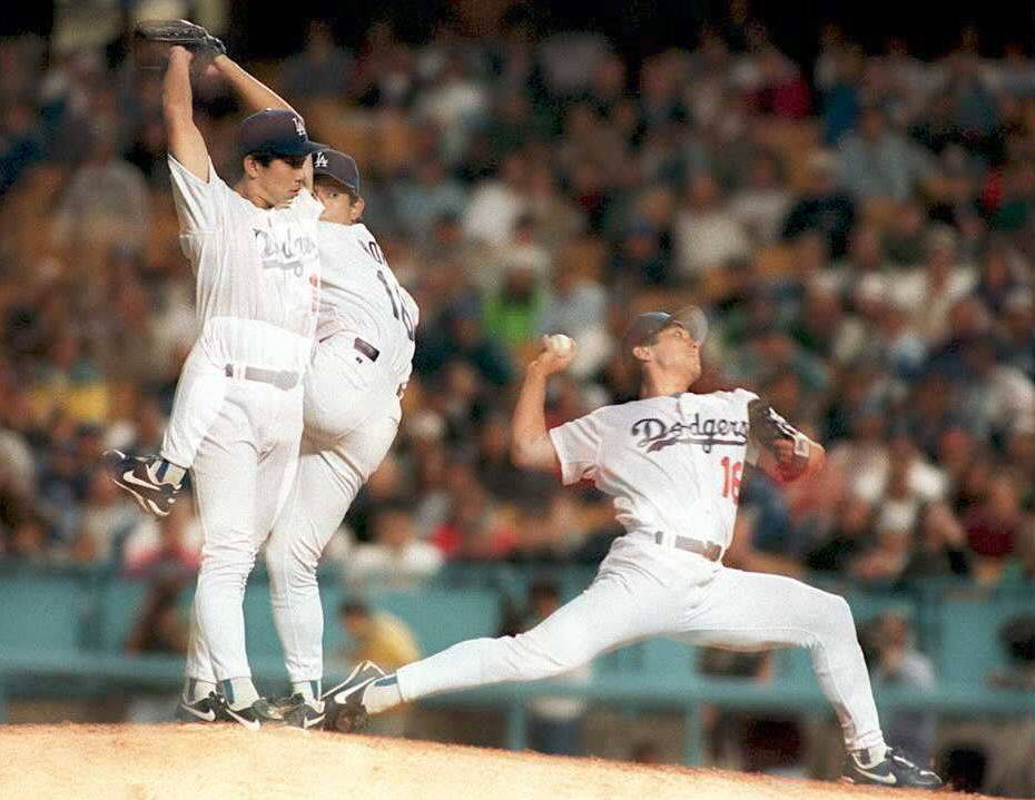 Japanese prospect brings back Hideo Nomo pitching motion